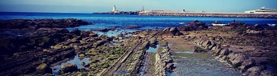 Plataforma de abrasión en la Playa de la Caleta en Tarifa