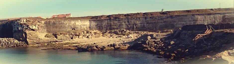 El Rincón de la Isla, pequeña cala a la izquierda del camino de la Isla de las Palomas de Tarifa