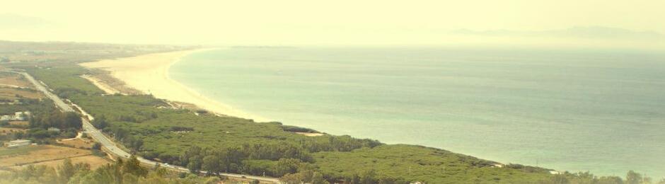 Playa de los Lances vista desde las montañas