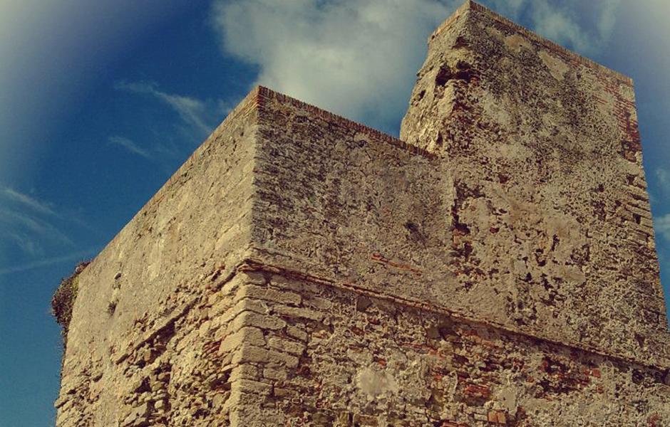 Torreón almohade en Tarifa